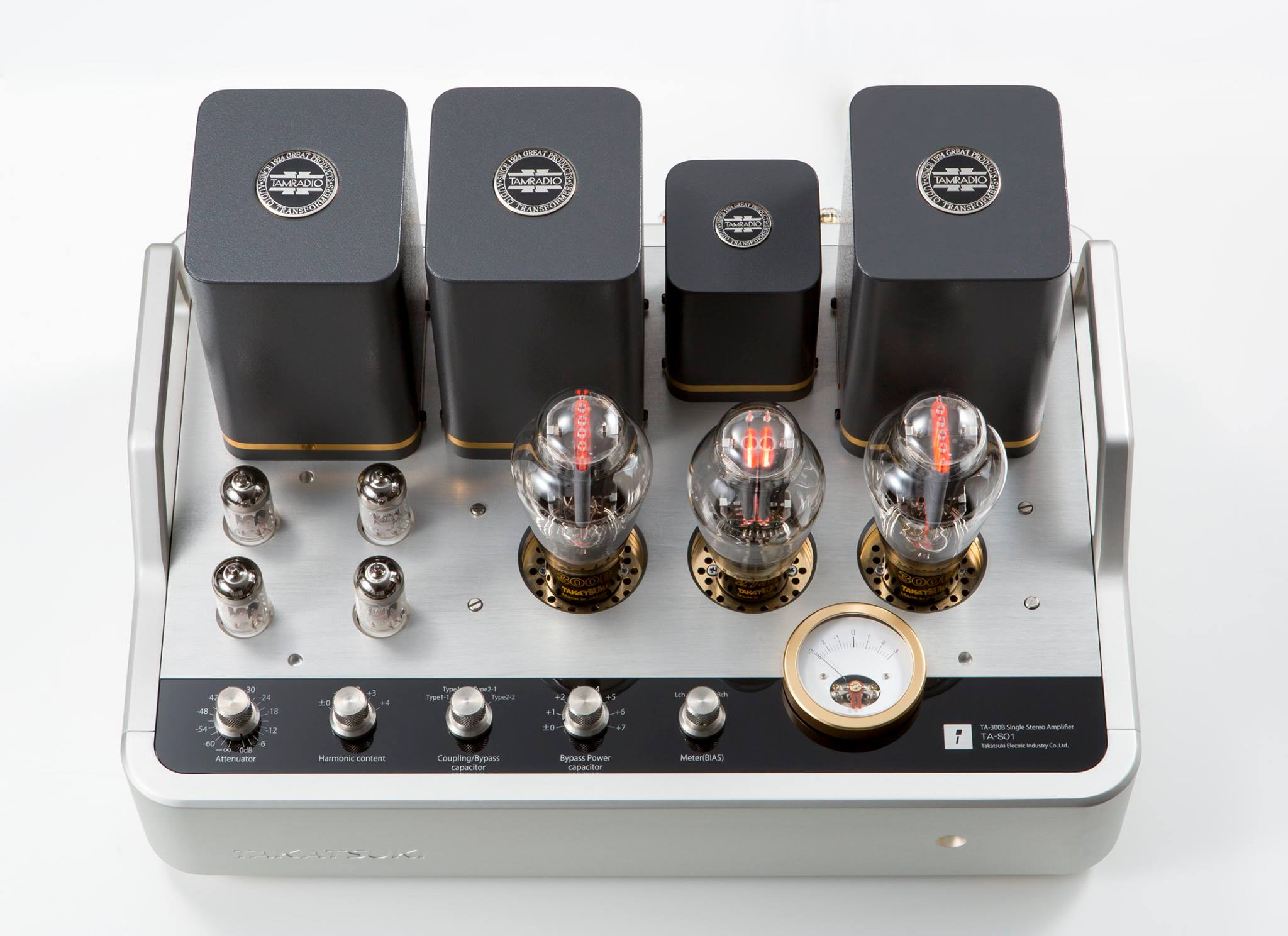 Takatsuki's TA-S01 first power amp available for export