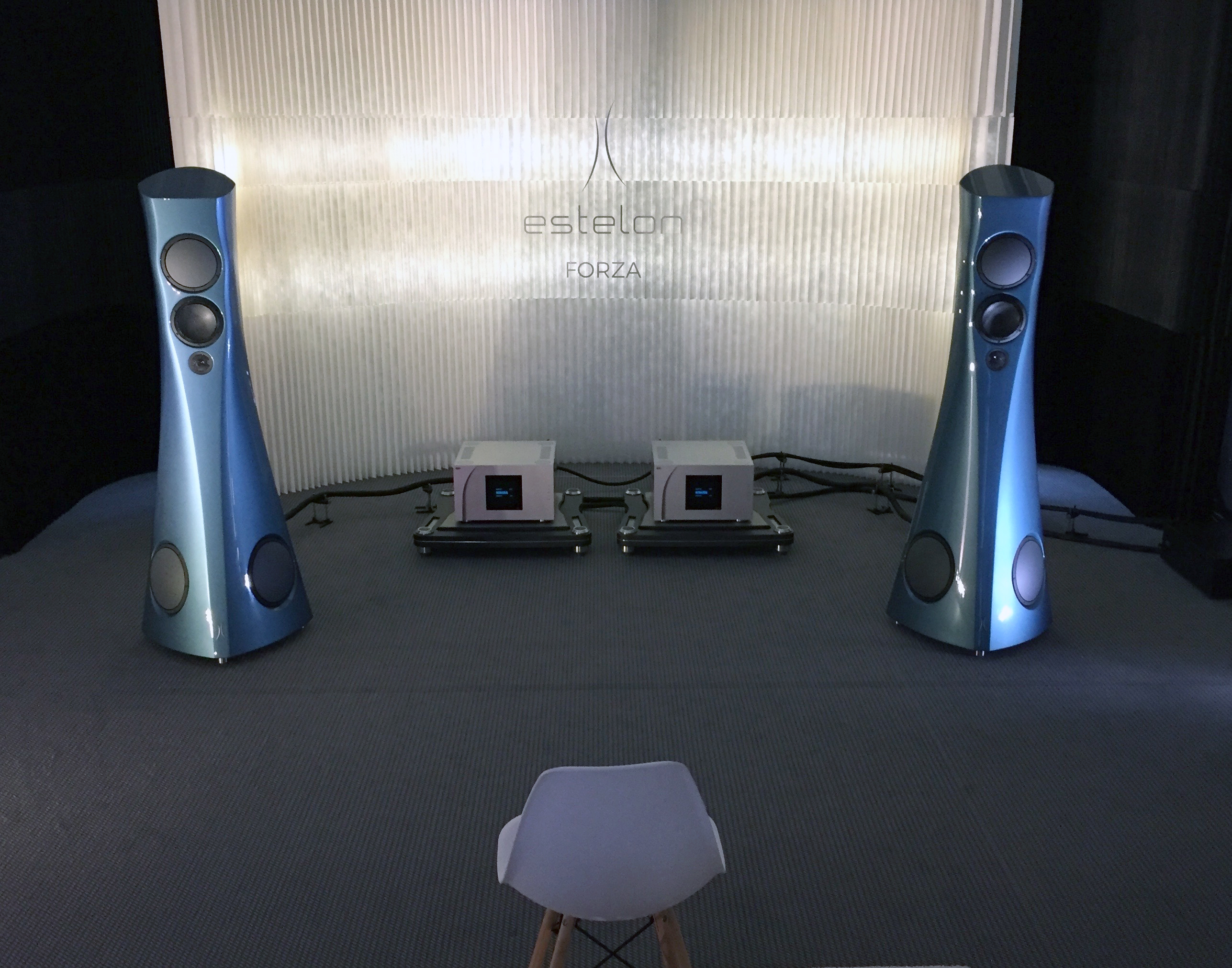 Forza loudspeakers, Estelon room, Munich High End 2019