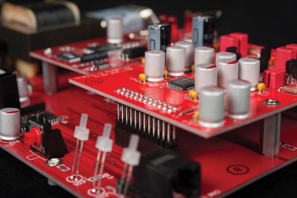Chip Delta/Sigma AKM4399 con sezione JFET (fonte: stereophile.com)