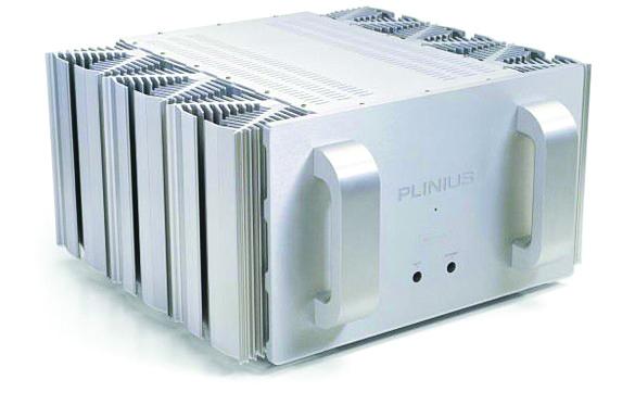 L'amplificatore finale Plinius SA 103 amplifica molto, distorce poco ed è molto silenzioso (fonte: Plinius)