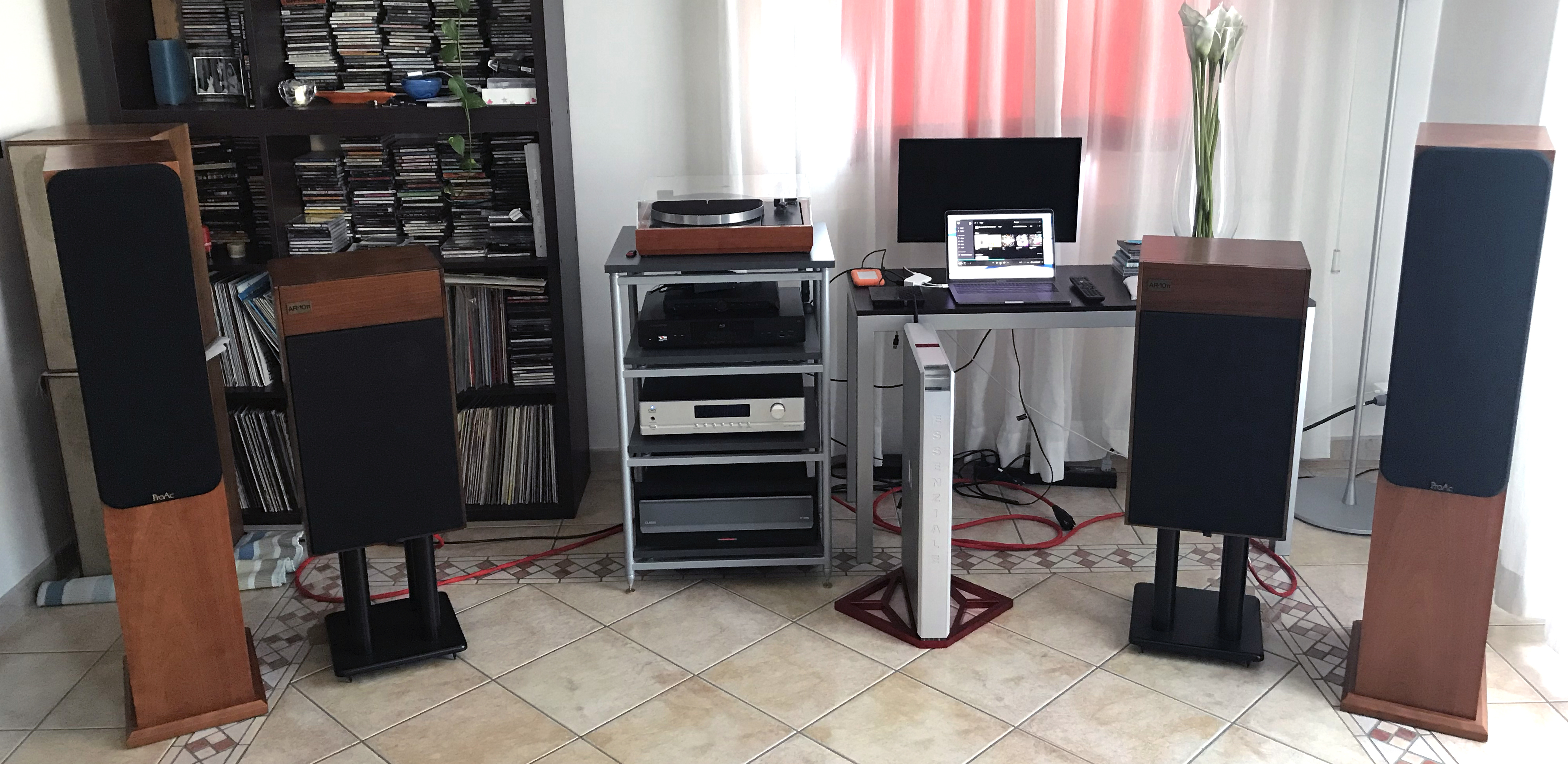 Omega Audio Concepts Essenziale