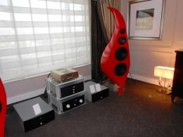 International CES 2014 | Diffusori Angel Sound S8