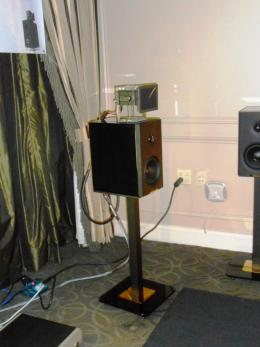 International CES 2014 | Diffusori Enigmacoustic Mythology con Sopranino