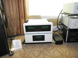 International CES 2014 | T+A Elektroakustik amplificatore A3000HV, alimentatore PS3000HV