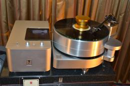 International CES 2013 | Audio Note Kondo Ginga turntable