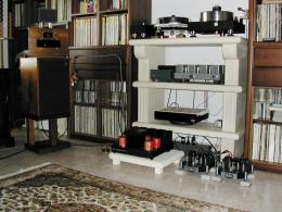 Giuseppe Trotto's listening room