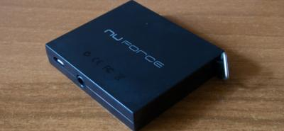 NuForce MMp miniatura