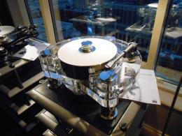 International CES 2014 | Transrotor Orion turntable