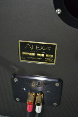 Wilson Audio Alexia, with possible three-wiring