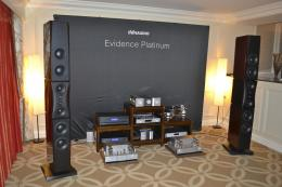 International CES 2013 | Dynaudio Evidence Platinum loudspeakers, Octave HP500 preamplifier and MRE220 power amps