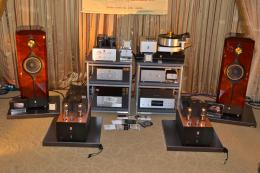 International CES 2013 | Audio Note Kondo: Kagura mono power amps, Biyura loudspeaker, M1000MKII preamplifier, GE-1 phono preamp, CFz step-up preamp and Ongaku integrated amp